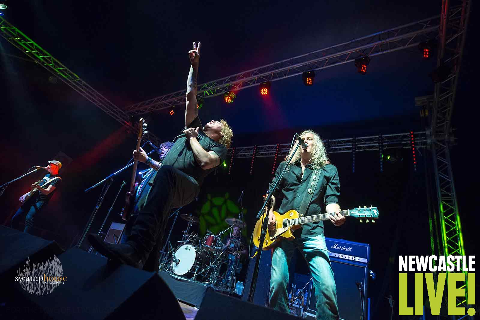 The Screaming Jets Individuality