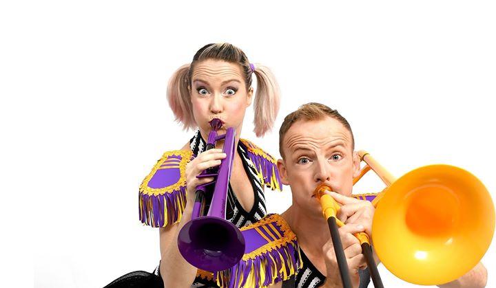 Brass Monkeys Show + Circus Workshop