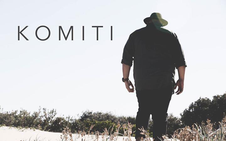 Komiti live at Honeysuckle Hotel