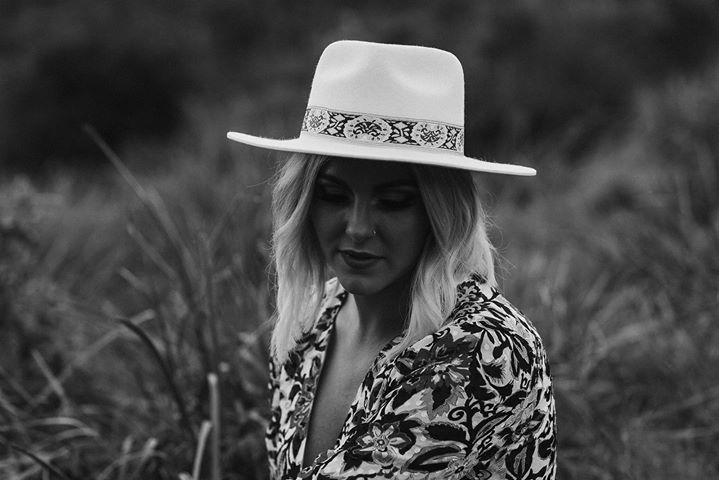 Kylie Jane Live at Shoal bay