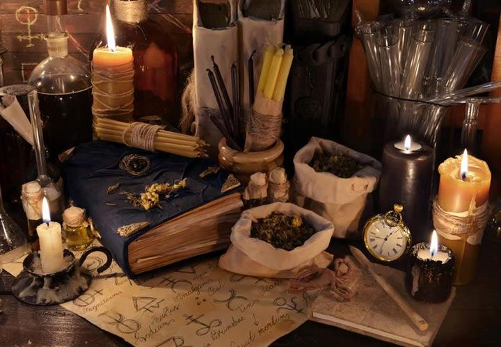 WITCHCRAFT FOR THE SOLITARY WITCH:  Level 1 Course