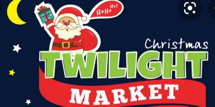 Pelican Foreshore Twilight market