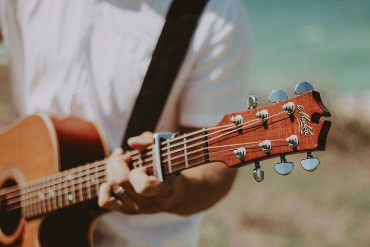 Live Music – Oran Vir